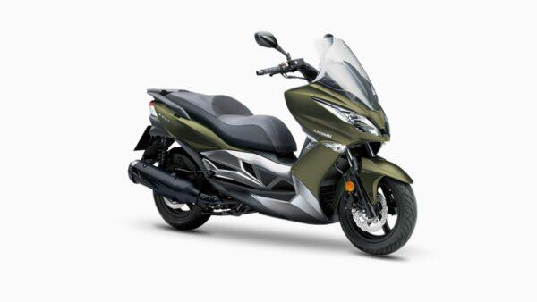 CocMotors-Kawasaki_J125GreenFront
