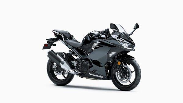 CocMotors-Kawaski-Ninja-400_EX400GKFBBlackFront