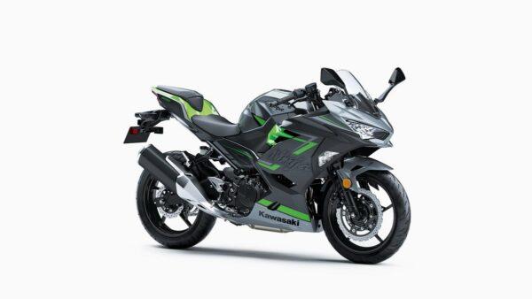 CocMotors-Kawaski-Ninja-400_EX400GKFBGreenFront