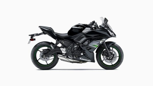 CocMotors-Kawaski-Ninja-650BlackSide